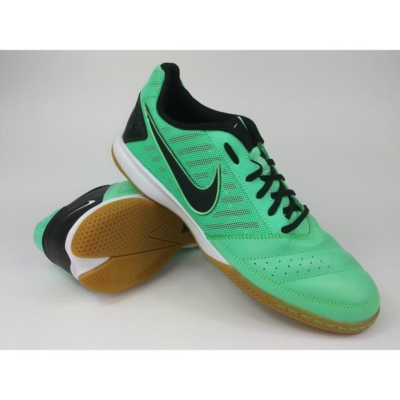 c4166f3213c31 2013 NIKE GATO ll Mens Indoor Soccer Shoes